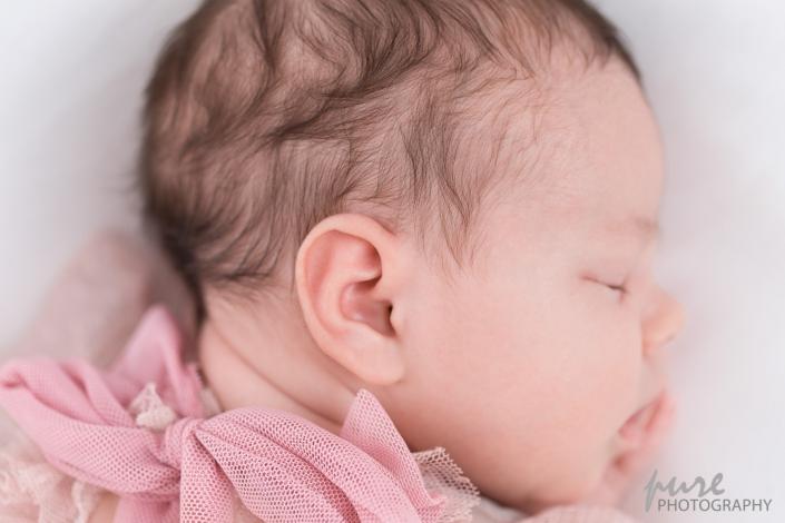 Detailaufnahme Newborn, Neugeborenenshooting, Gesicht von Baby, Newborn Fotoshooting Graz