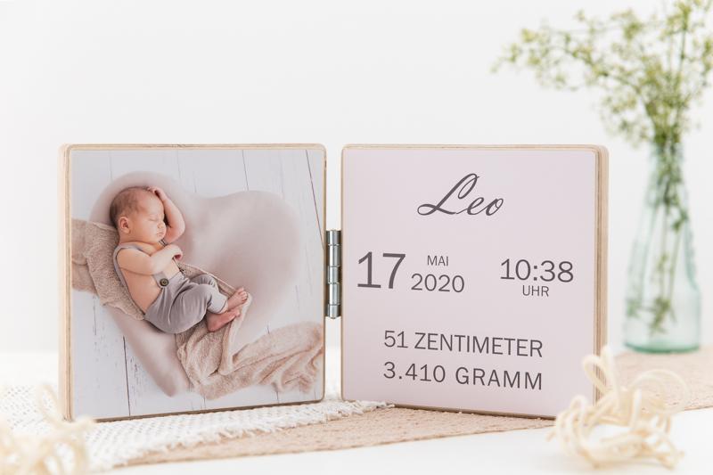 Geburtsanzeige Holz, Babyfotos Graz, Geburtsdaten auf Holz, Produktfoto