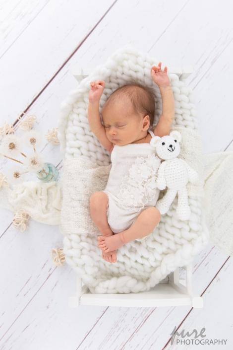 Babyfotografin Graz, Müdes Baby, Newbornshooting Steiermark
